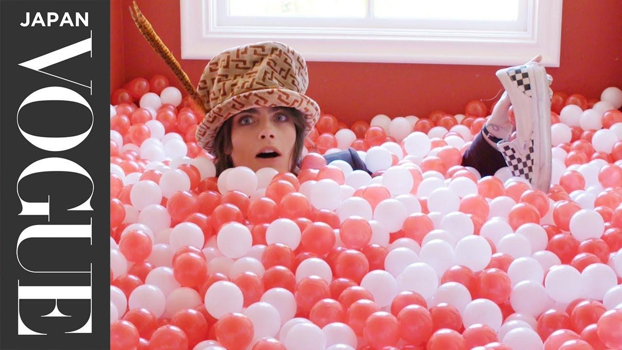 カーラ・デルヴィーニュが自宅公開!世界観溢れるワンダーランドでホームツアー。| Open Door | VOGUE JAPAN