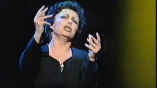 elaine paige as piaf