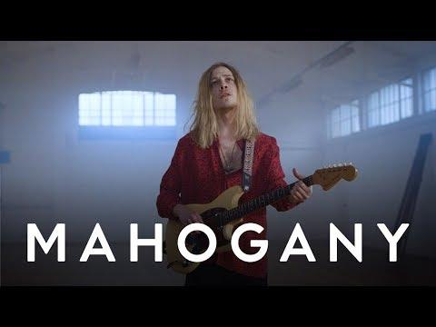 Isaac Gracie - Reverie | Mahogany Session