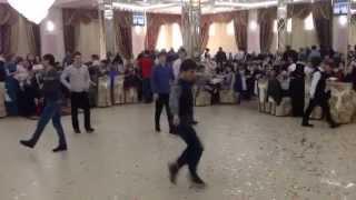 Нереальная лезгинка на нереальной свадьбе в Дагестане!