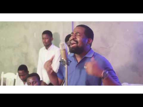 APRES Ce Combat Cover Live Interpréter Par Andrea Musongo En Feat Avec Le Fr Emmanuel Musongo