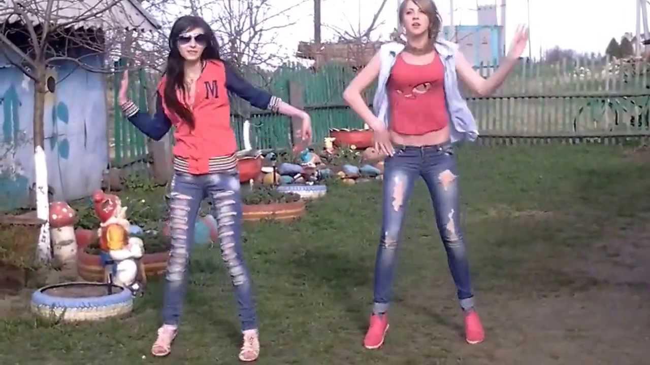 деревенские телки танцуют руках