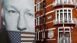 Президента Эквадора подкупили, чтобы он сдал Ассанжа — Роджер Уотерс