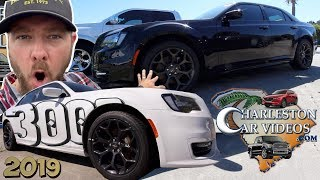 🔴 NEW | 2019 Chrysler 300S REVIEW ( Is it Worth the Extra $5000 For HEMI V8 Version? ) Let us Know!
