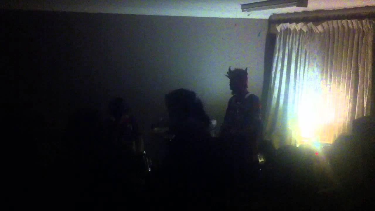 Granny Fist - Youtube-9224
