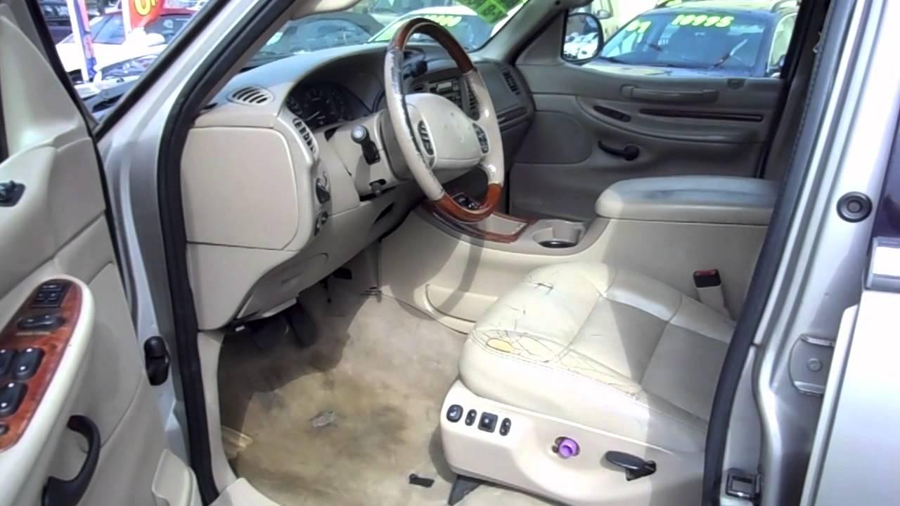 2000 Lincoln Navigator Interior