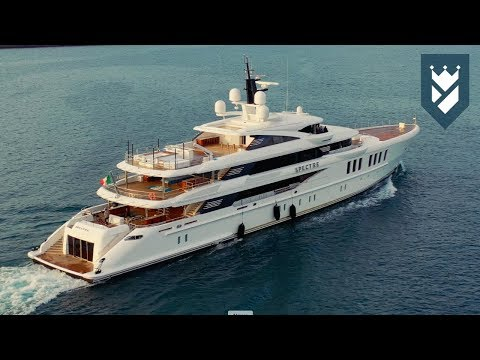 BENETTI YACHTS AND THE STORY OF SPECTRE SUPERYACHT