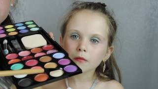 Яркий детский макияж Bright make-up for children