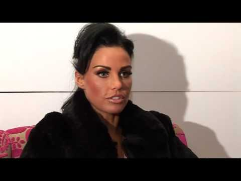 Katie Price defends Peter after tearful interview