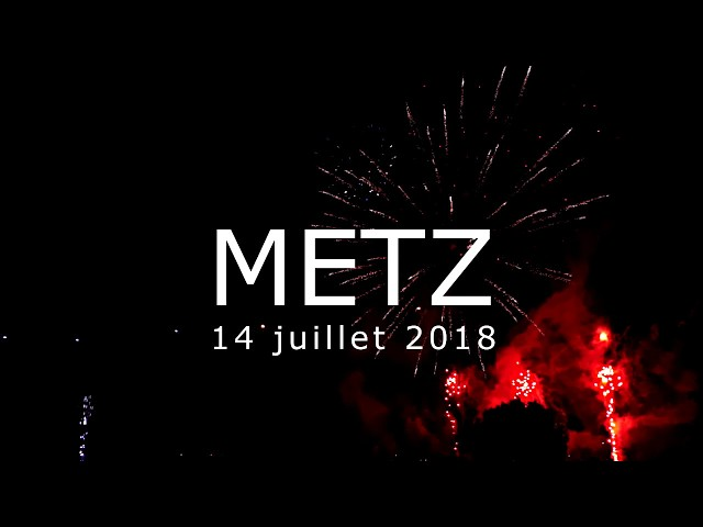 METZ 14 Juillet - feu d'artifice de la Fête Nationale