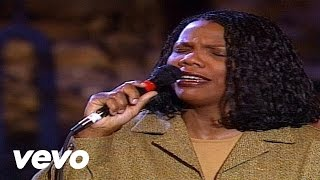 Bill & Gloria Gaither - God On the Mountain [Live] ft. Lynda Randle