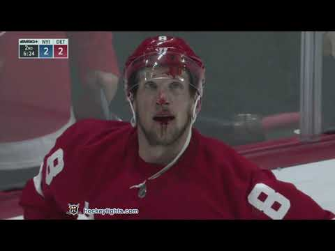 Johnny Boychuk vs Justin Abdelkader Dec 8, 2018