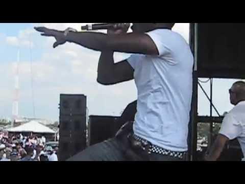 Kardinal ft. Akon 'Dangerous' Live at Hot 97 Summer Jam.flv