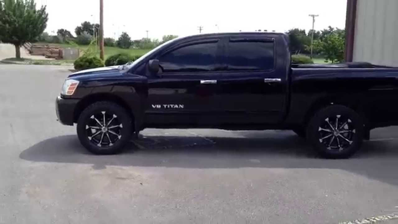 2007 Titan With 20 Inch Xd Badlands 33 Inch Toyo Tires Youtube