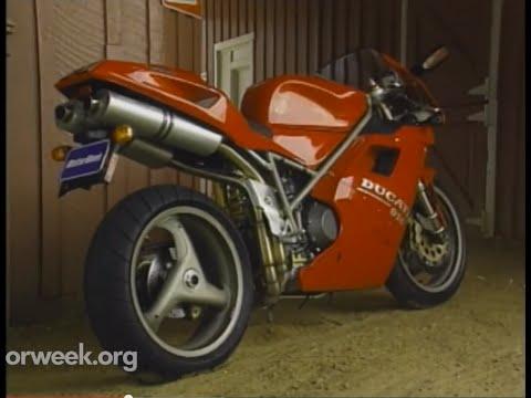 MotorWeek   Retro Review: '95 Ducati 916