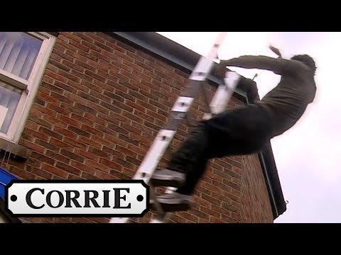 Coronation Street - Anna Witnesses Seb's Terrible Ladder Fall
