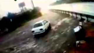 Adapazarı - Karasu Duble Yolu'nda meydana gelen feci kaza kameraya yansıdı