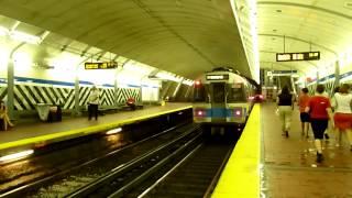 MBTA Blue Line 700-series trains at Aquarium