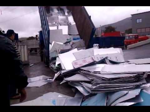 iScrapper International - Greece Scrap Yard Dumping Aluminum
