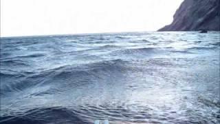 ホンダ2馬力+ゴムボート 走行シーン  三角波(潮波と風波がケンカ)