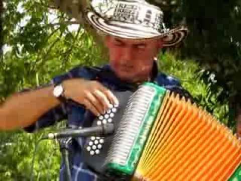San Carlos (Eliseo García) - Acordeoneros de Sahagún en Festicultura 2013