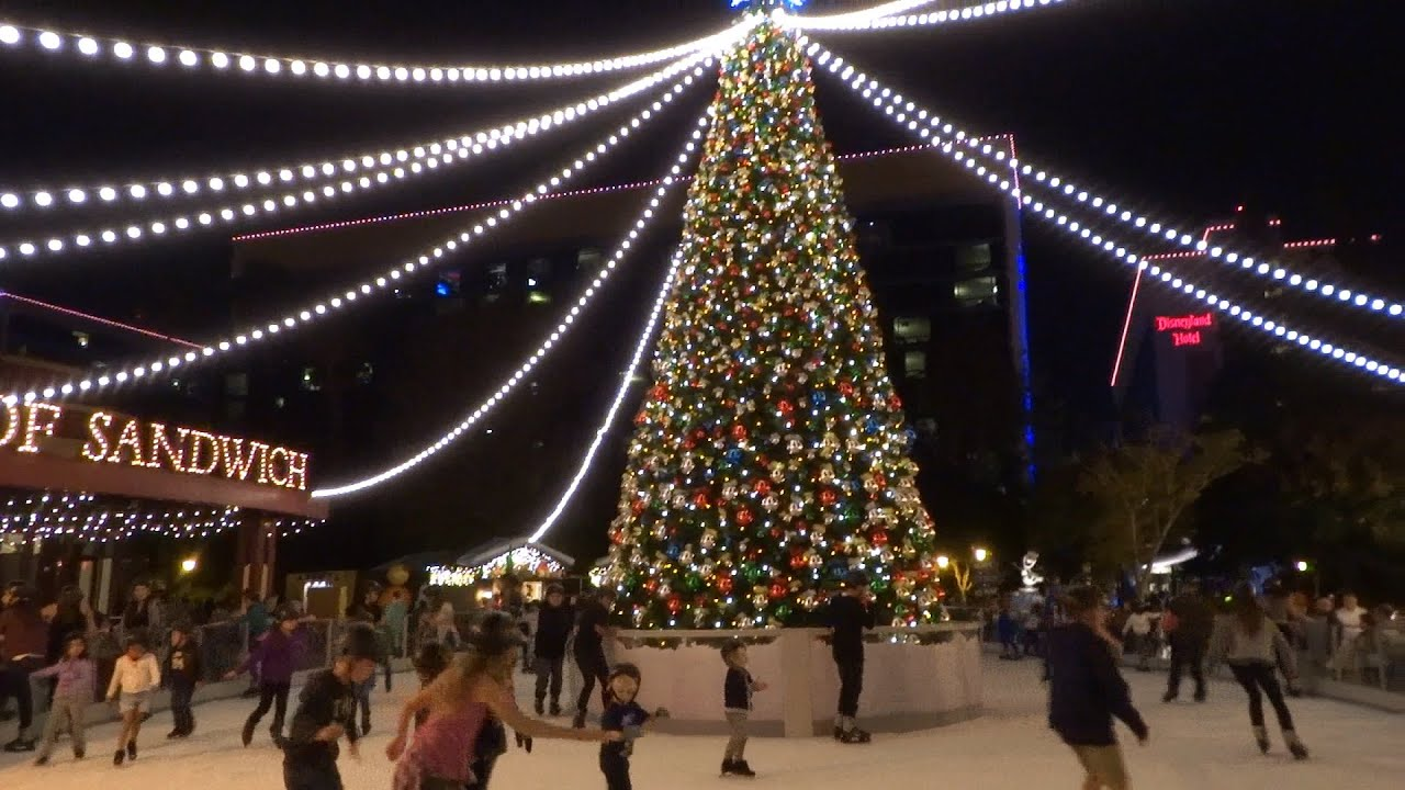olafs frozen ice rink in downtown disney at disneyland resort 2015 - Downtown Disney Christmas