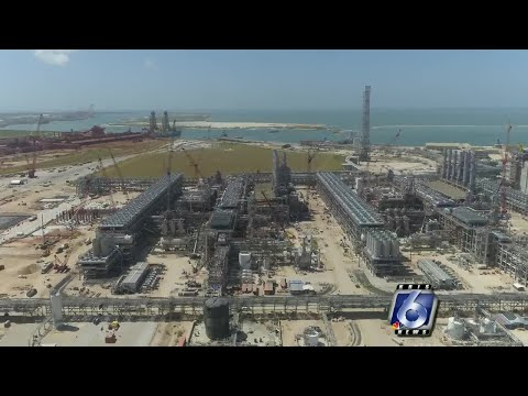 Cheniere ramps up outreach with LNG plant startup underway
