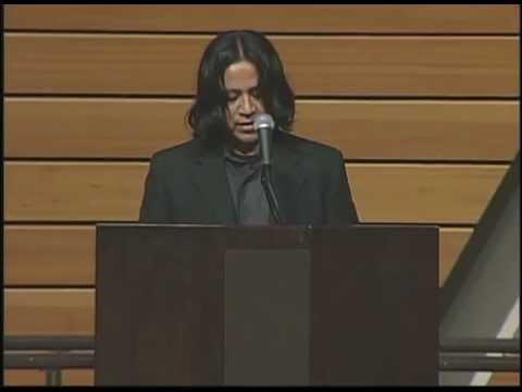 Eduardo Mendoza-Santiago gives a speech at the University of Minnesota.