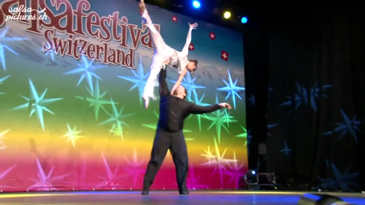 Acrobatic Dance Show by David & Zoe