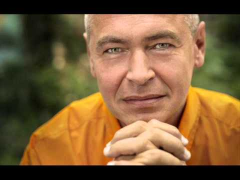 Ivo Pogorelich plays Rachmaninoff Six Moments Musicaux complete - live 2001