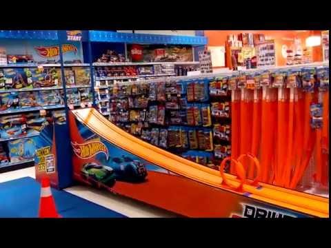 Hunting Hot Wheels at Toys Kingdom Kota Kasablanka 3/9/16