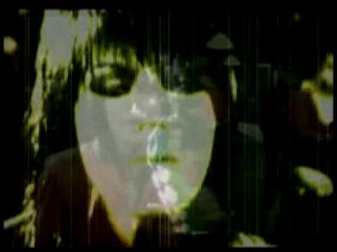 Queen vs Joan Jett We will rock you I  Love Rock  n roll mash up video ( sound starts at 12 seconds)