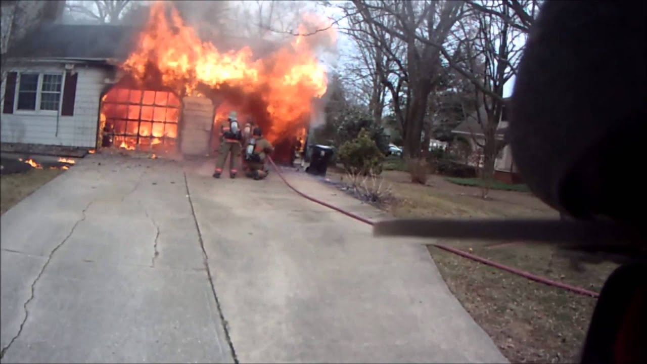 Working Garage Fire Camden De Youtube