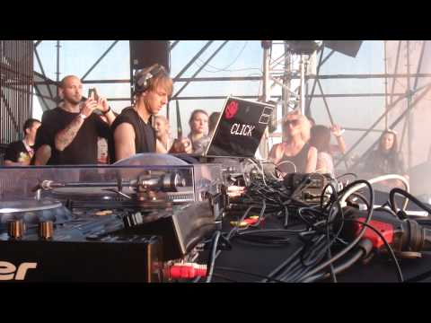 Richie Hawtin @ Global Gathering 2011 v2