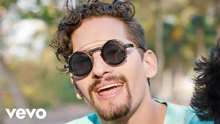 Смотреть клип Mau Y Ricky, Camilo - La Boca