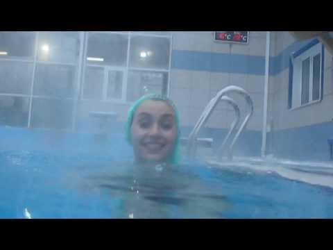 Видео порно в бассейне Лучший порно сайт HD