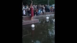Супер танцовщица!!!