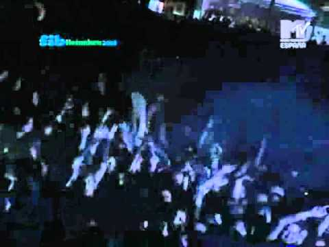The Chemical Brothers - Music Response (Live @ Benicassim Festival 2004)