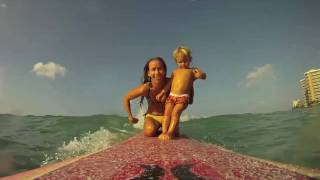 Surfing Baby: 2 year old old Given Goodwin surfs Waikiki