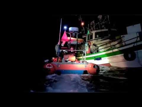 Reflotado el barco que encalló en Foz