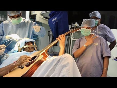 Man Plays The Guitar As Doctors Operate Upon His Brain | Bangalore | TFC News