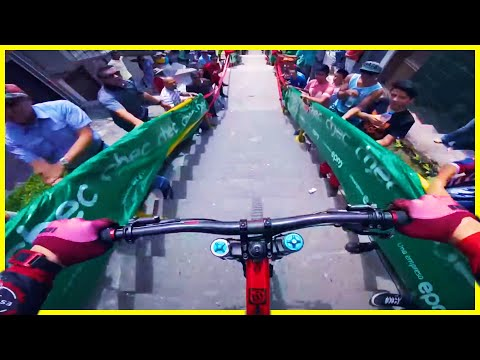 Manizales Extreme Urban downhill mountain bike race in city | Phil Kmetz