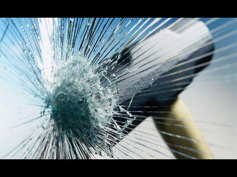 САМЫЙ интересный способ разбить большой стеклопакет !!! A Fun Way To Break Glass Unit!