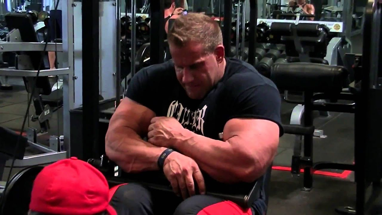 Jay cutler trains leg hamstrings workout 12 week from Mr ...