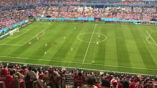 Perú 0 - 1 Dinamarca Previa, himnos, cánticos y partido