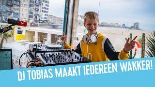De 11-jarige DJ Tobias boenkt iedereen wakker | Vincent Fierens