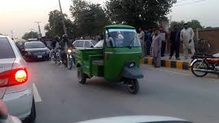 Accident going towards  Qasim Market