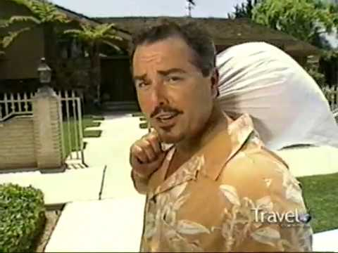 Christopher Knight At The Real Brady Bunch House