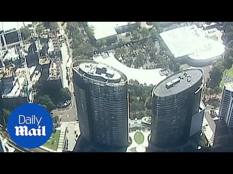 Thousands of people evacuated from large storey apartment in Sydney