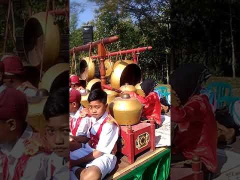 Lagu Jaranan Dari Provinsi Jawa Tengah Dengan Iringan Musik Karawitan By SDN 1 SLOGOHIMO..